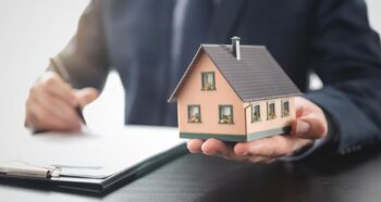 Need mortgage with multiple debts. Here is how to do it